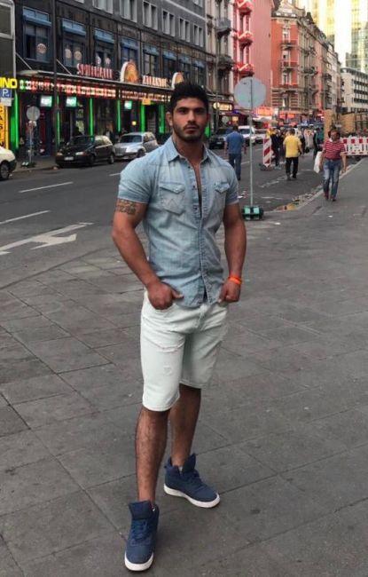 Gay escorts frankfurt