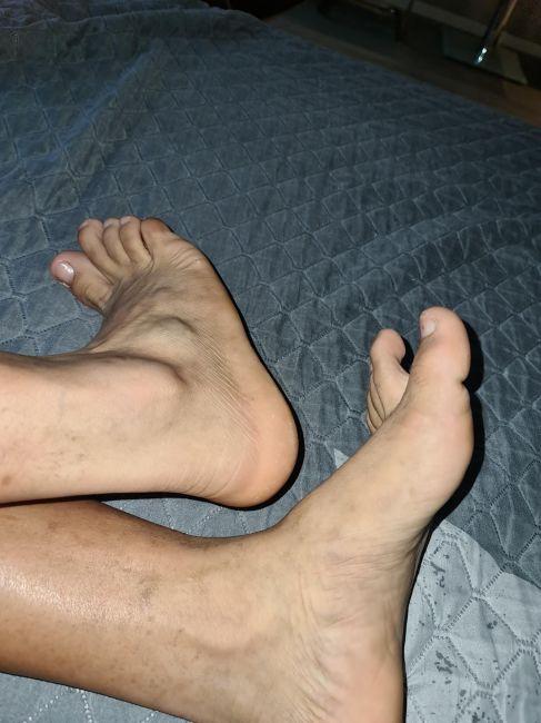 Gleiche Footjob Zeit Blowjob Escorts Massages